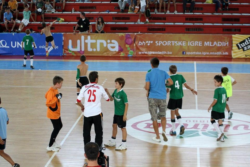 Pregedate slike iz ?lanka: Mladi fudbaleri idu na finalni turnir u Sarajevo