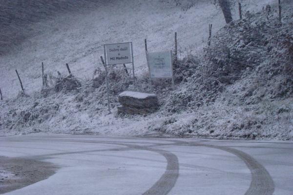 Pregedate slike iz ?lanka: Pao nam je snijeg